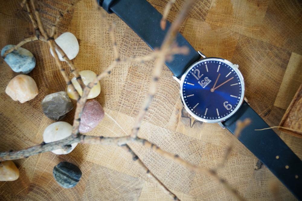 blaue stunde mit ice watch coralette. Black Bedroom Furniture Sets. Home Design Ideas